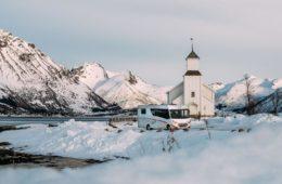 Karavan v zime